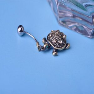Пирсинг черепашка с кристаллами