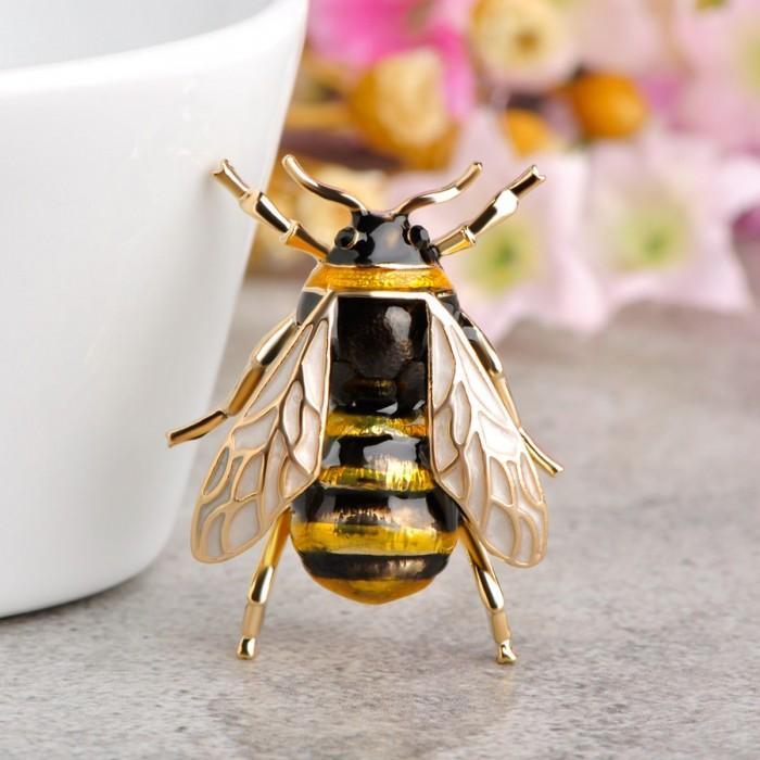 Украшения насекомые