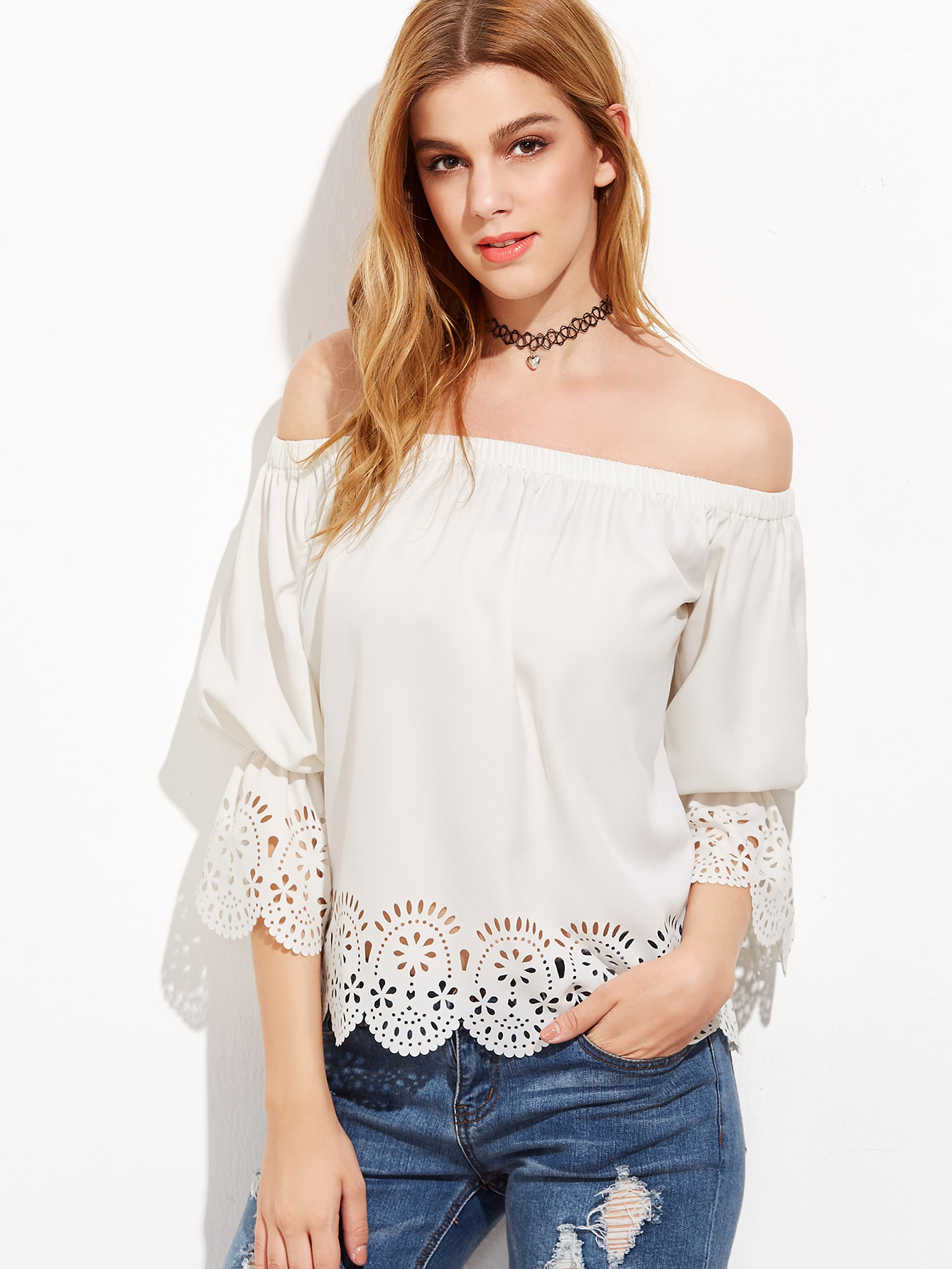 Бижутерия под блузку с открытыми плечами