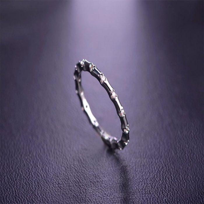 Кольцо Классический шарм