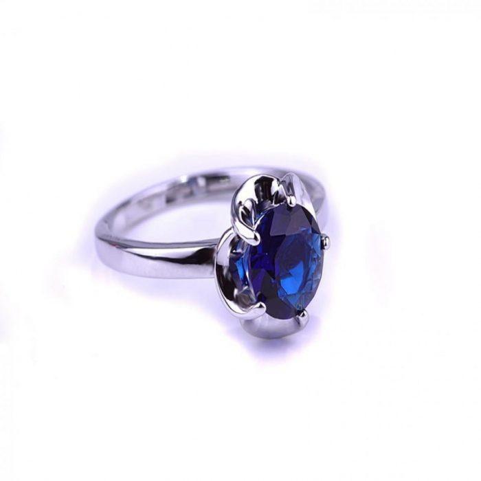 Кольцо с голубым камнем Небо