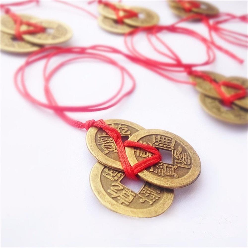 В странах Азии монета – талисман на богатство, и обычно в связке их 9