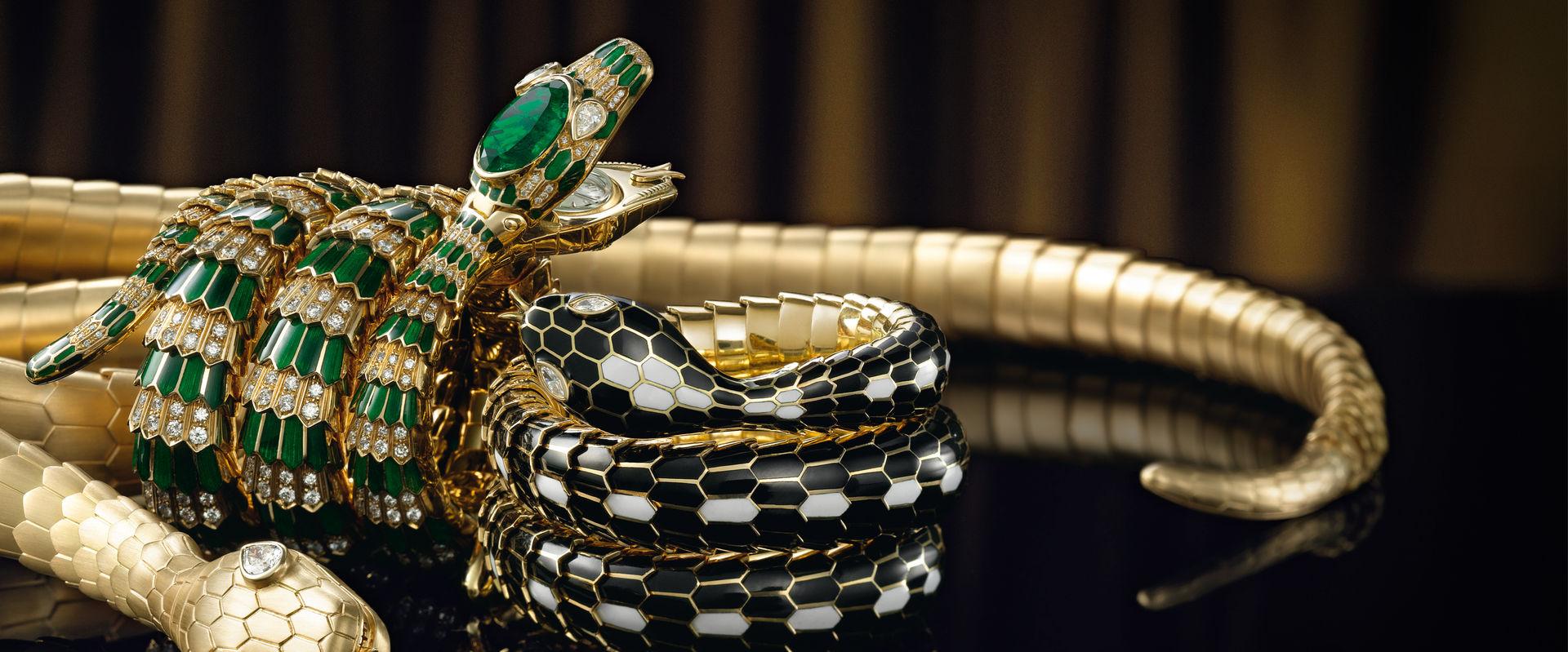 Образ змеи в бижутерии и ювелирном искусстве
