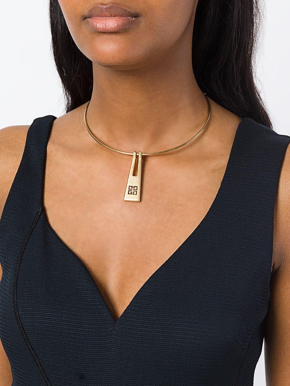 Минималистичный металл - универсальные украшения - Givenchy