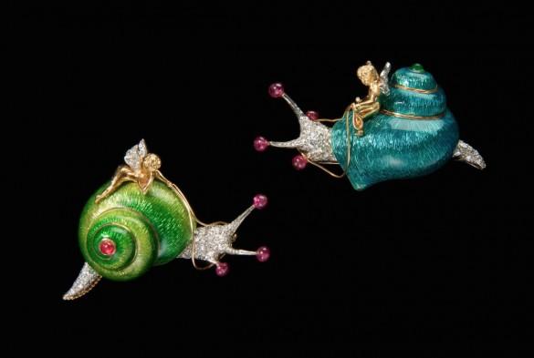 Для вечной гармонии: украшения улитка - Verdura Snail Brooches