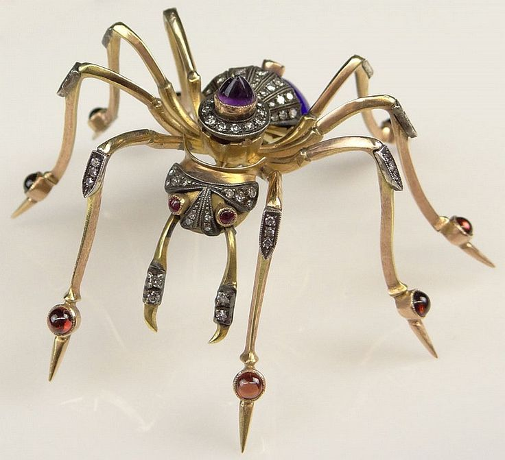 Украшения в виде паука