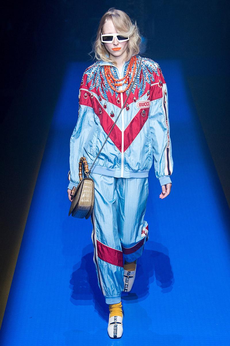 Рассуждения о тренде 2020: спортивные костюмы. Gucci вернул к жизни яркое великолепие начала девяностых