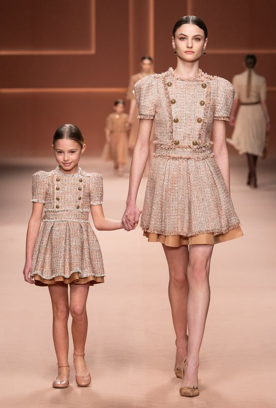 Double dressing мама и дочка от Elisabetta Franchi