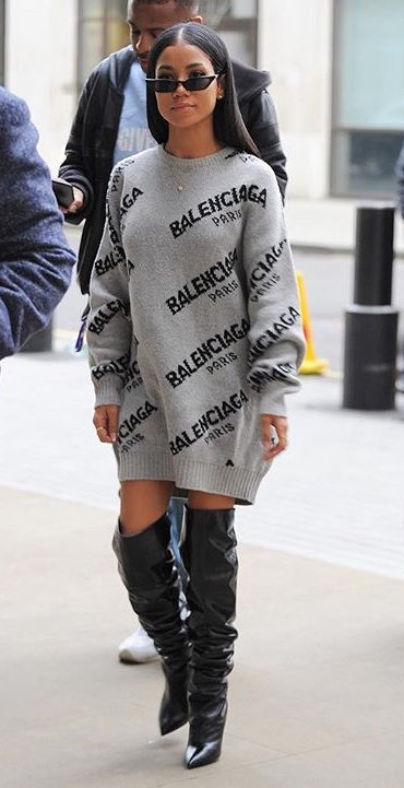 Jhene Aiko носит платья худи