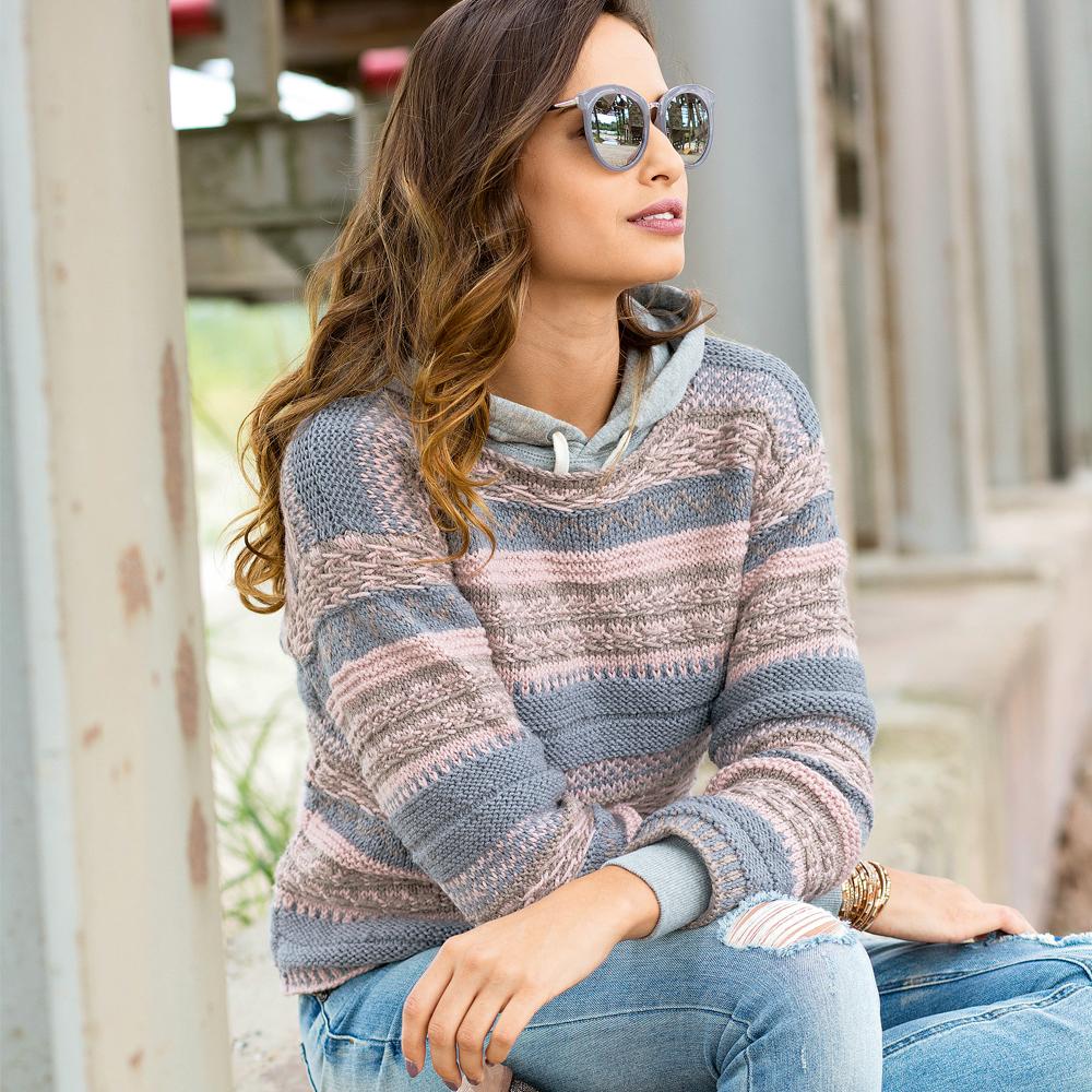 свитер не только с рисунком и принтом