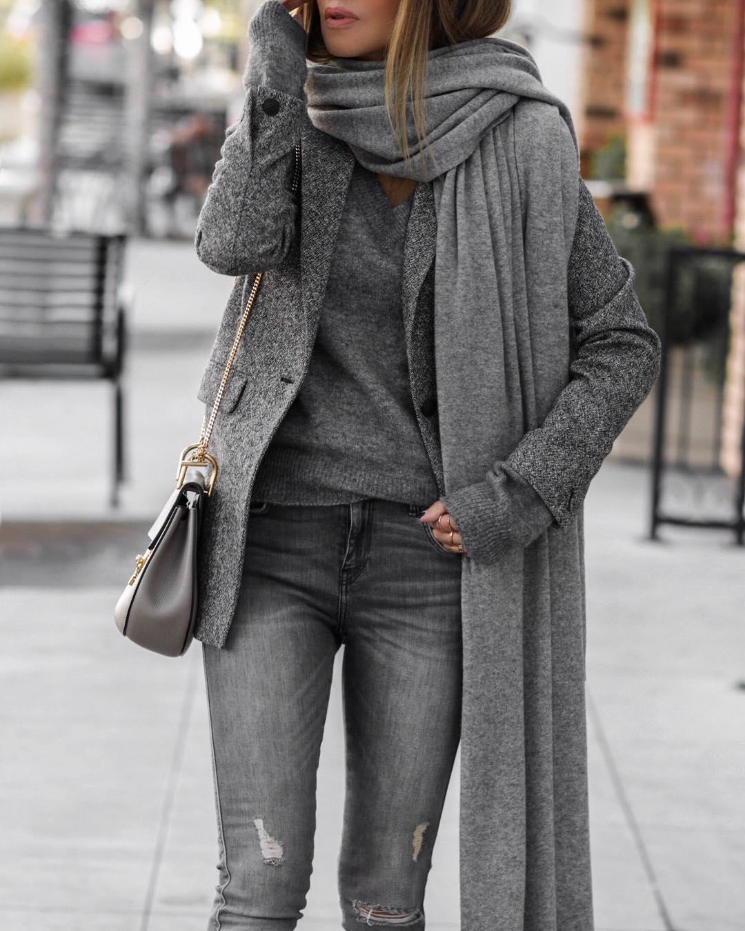 Серый тотал лук