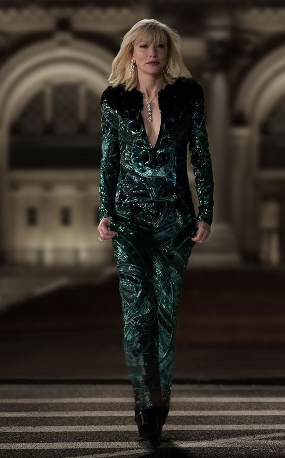 Кейт Бланшет в зелёном смокинге Givenchy