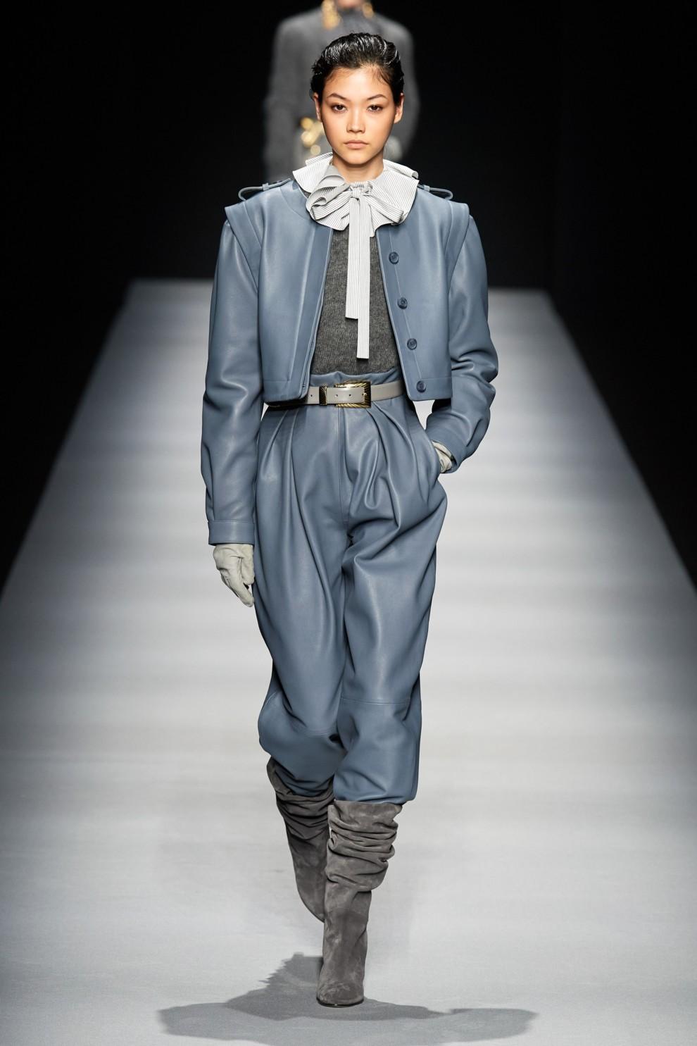 Кожаные брюки - снова в тренде. Alberta Ferretti
