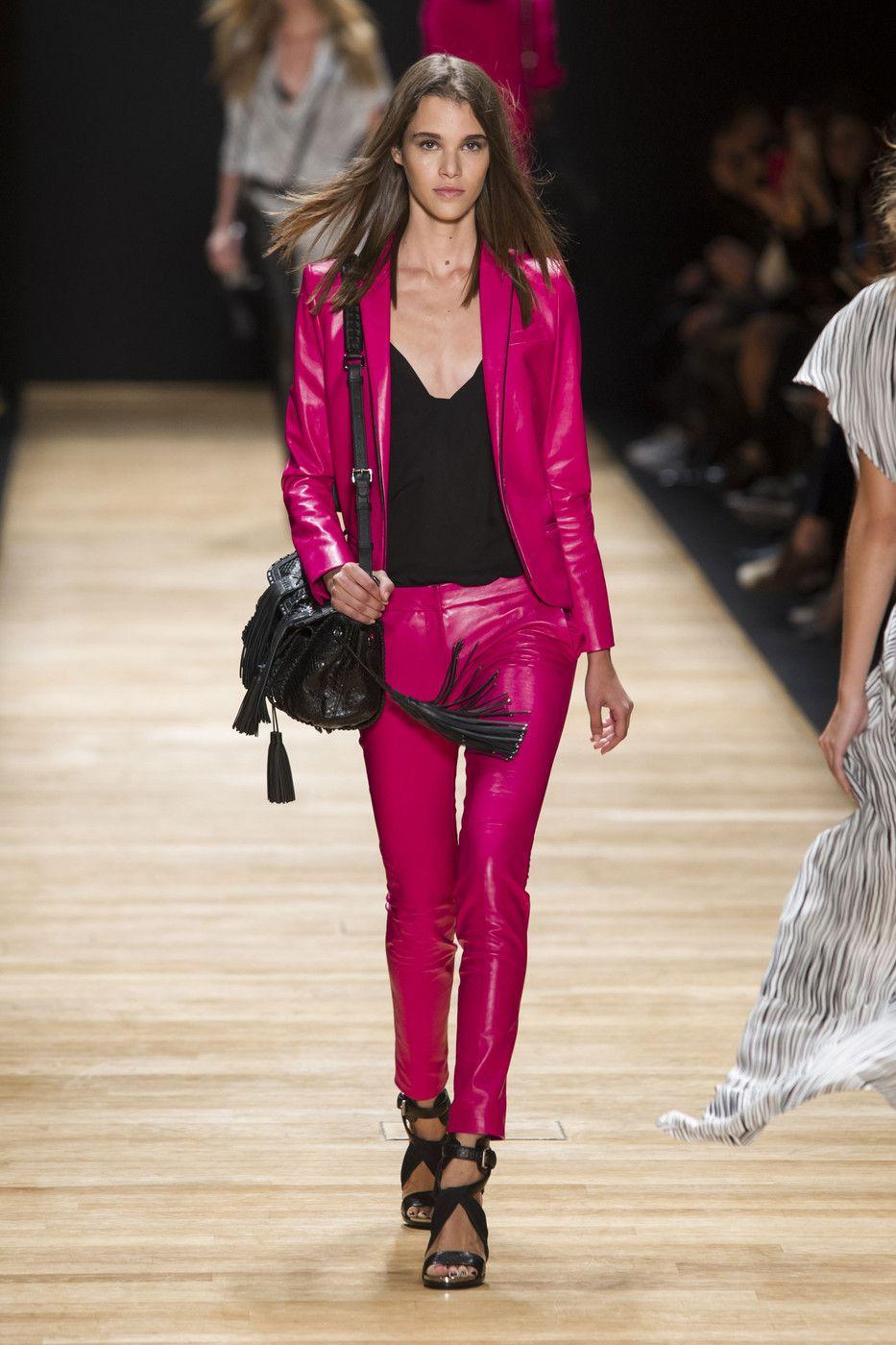 Кожаные брюки - снова в тренде. Barbara Bui