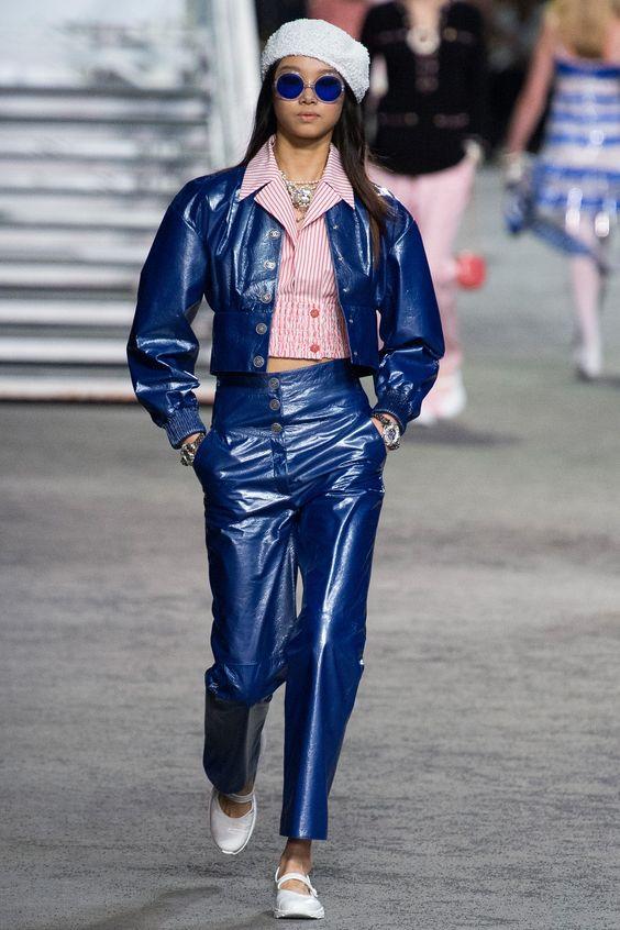 Кожаные брюки - снова в тренде. Chanel