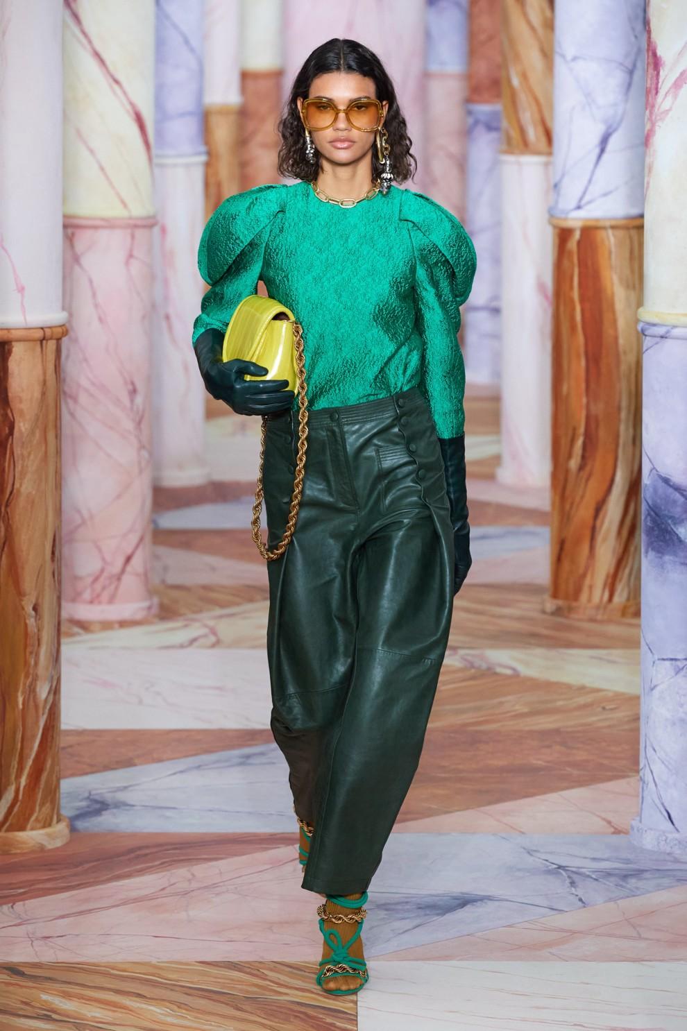 Кожаные брюки - снова в тренде. Ulla Johnson