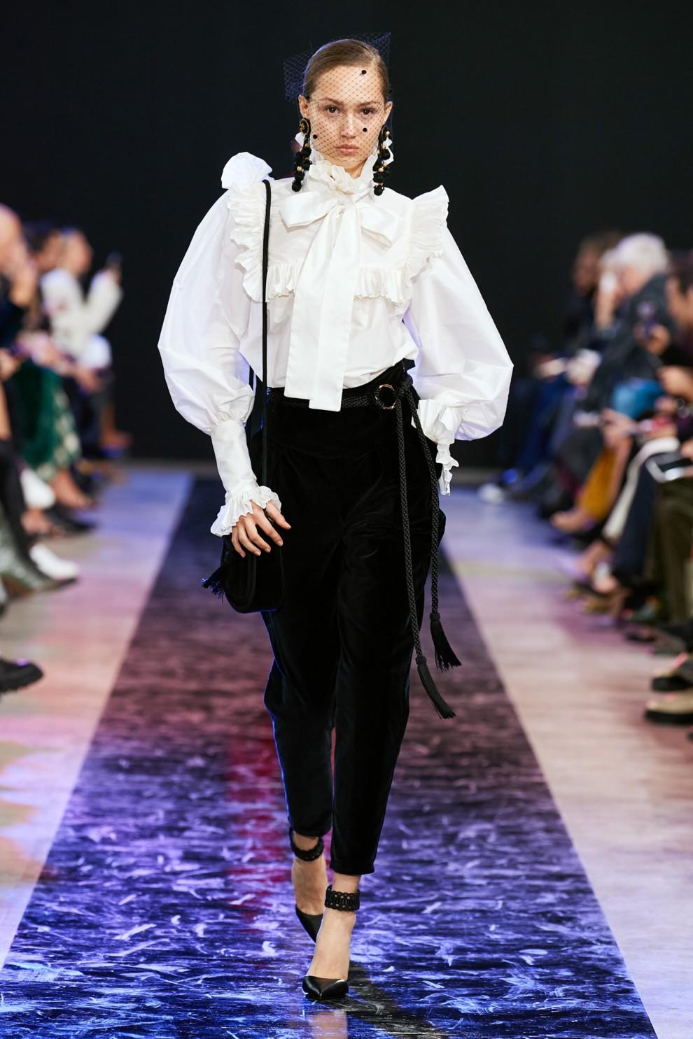 Трендовые бархатные брюки. Elie Saab