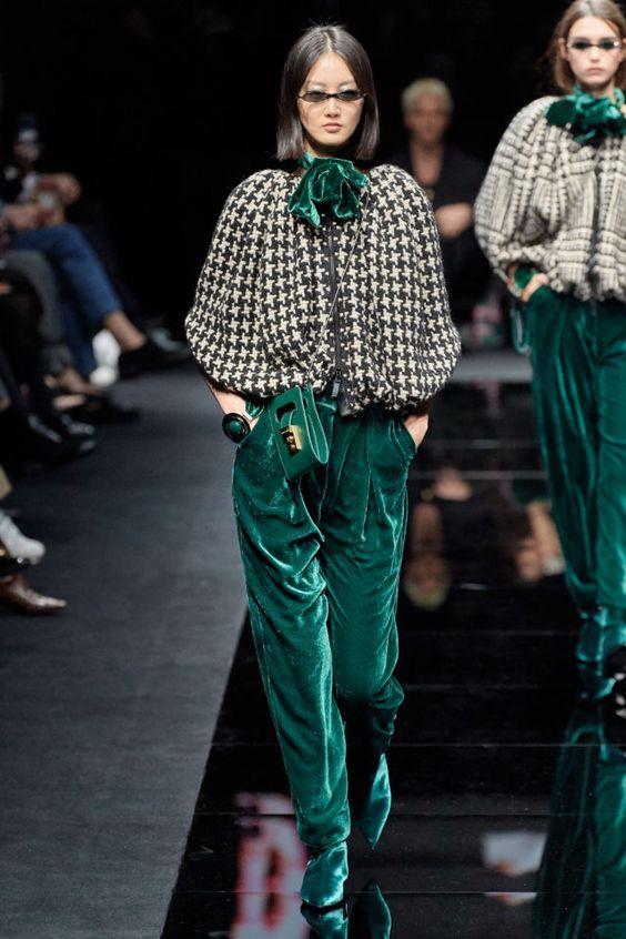Трендовые бархатные брюки. Emporio Armani