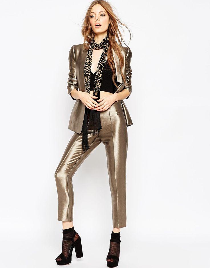Во всём блеске. Шик, блеск, красота... Купить брюки из блестящей или со сверкающим декором ткани можно в ASOS