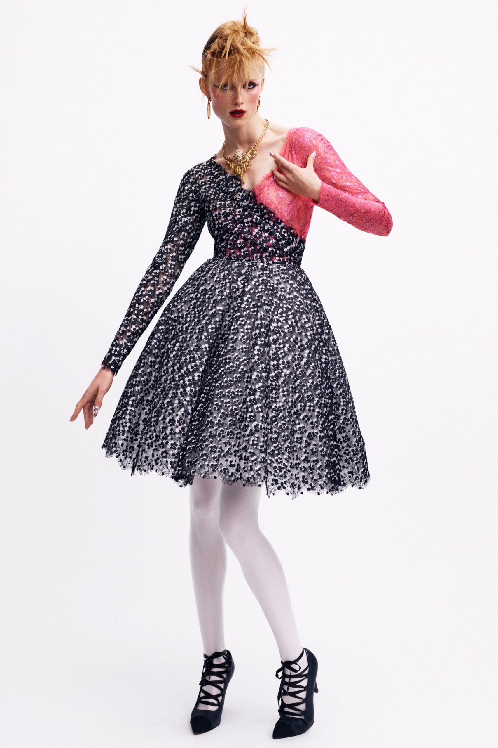 Платье с расклешённой статичной юбкой, платье выпускницы от Chanel ОСЕНЬ-ЗИМА 2020-2021, COUTURE, ПАРИЖ