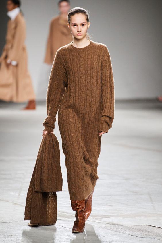 Платье-свитер от Agnona