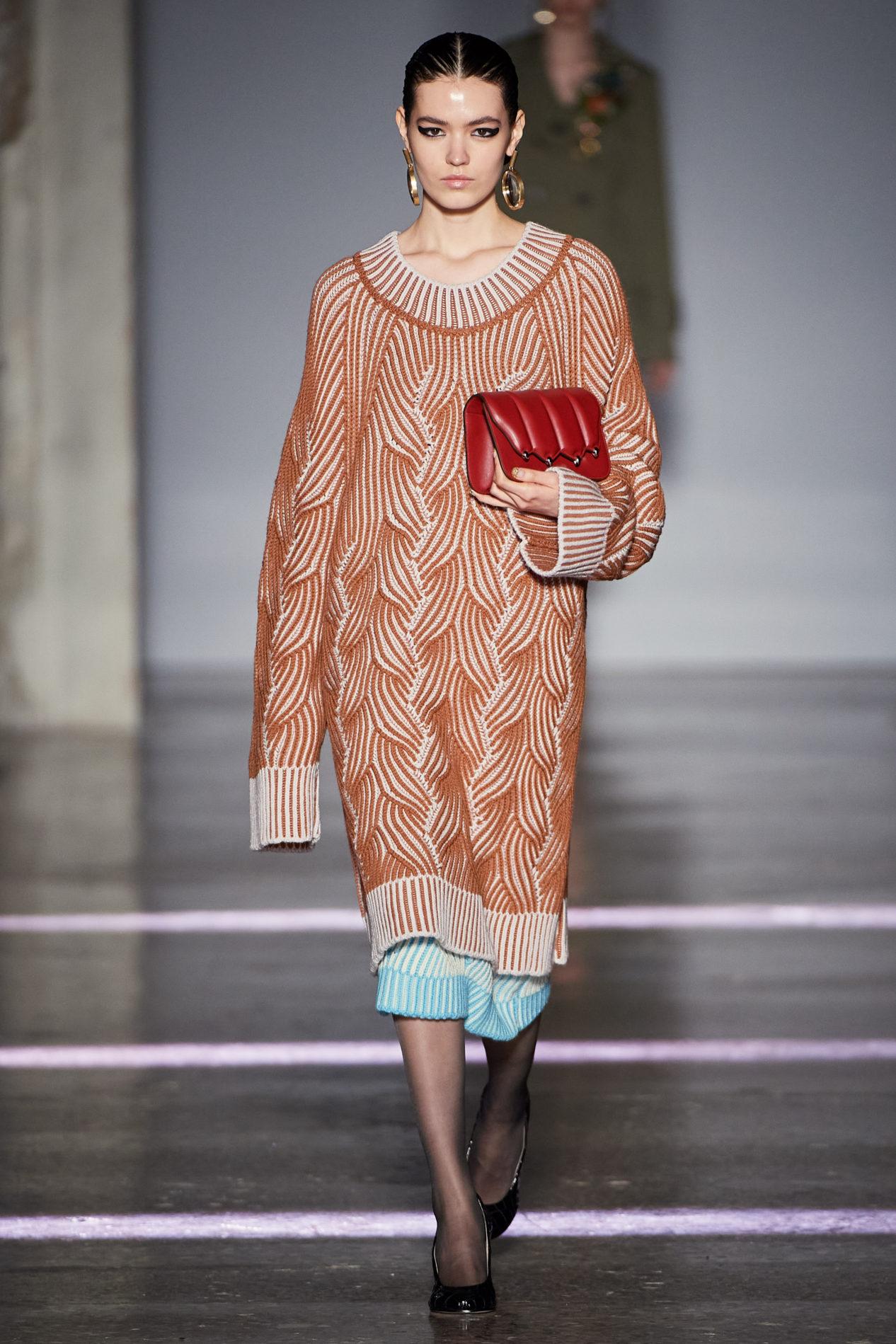 Платье-свитер от Marco de Vincenzo