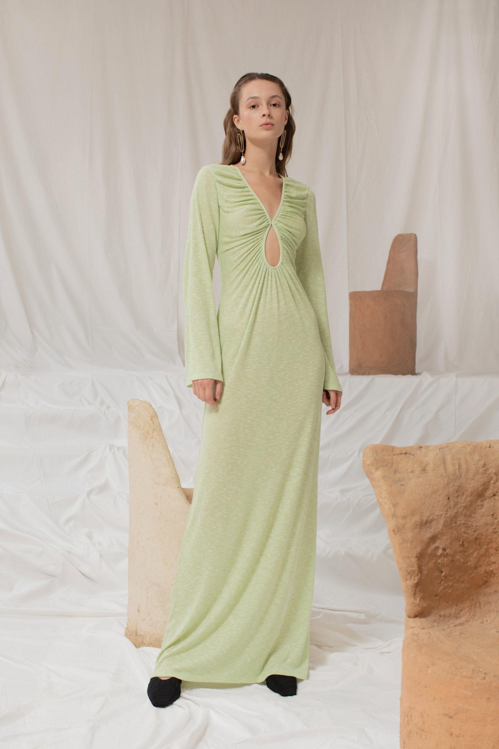 Ментоловый образ от Sandra Mansour Ready To Wear весна-лето 2021