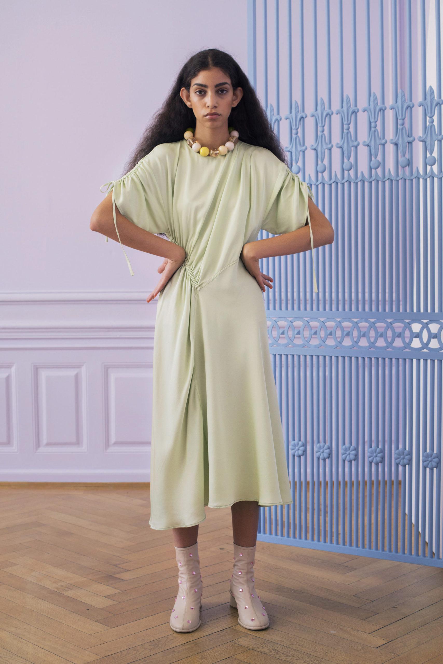 Ментоловый образ от Stine Goya Ready To Wear весна-лето 2021