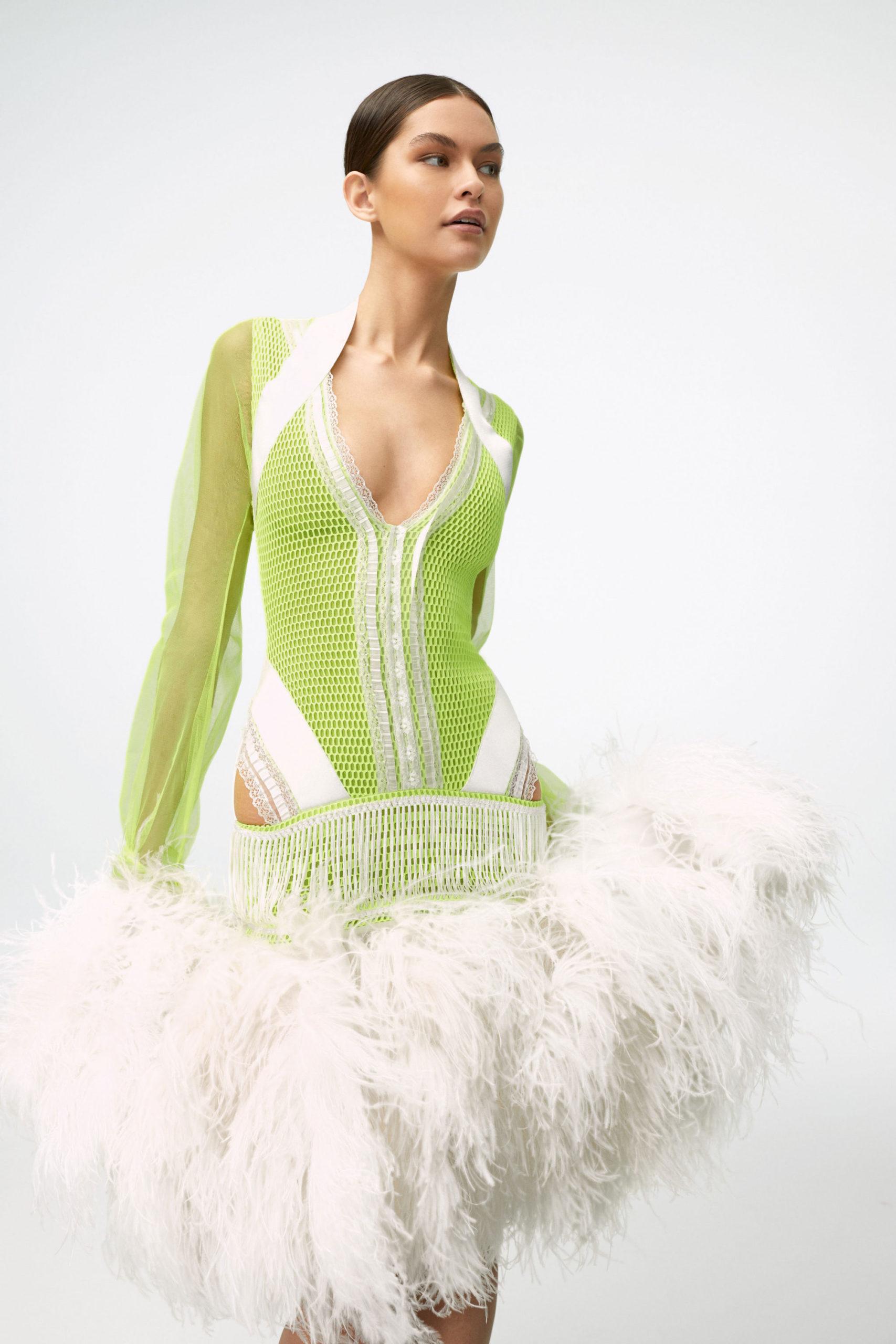 Ментоловый образ от Sukeina Ready To Wear весна-лето 2021
