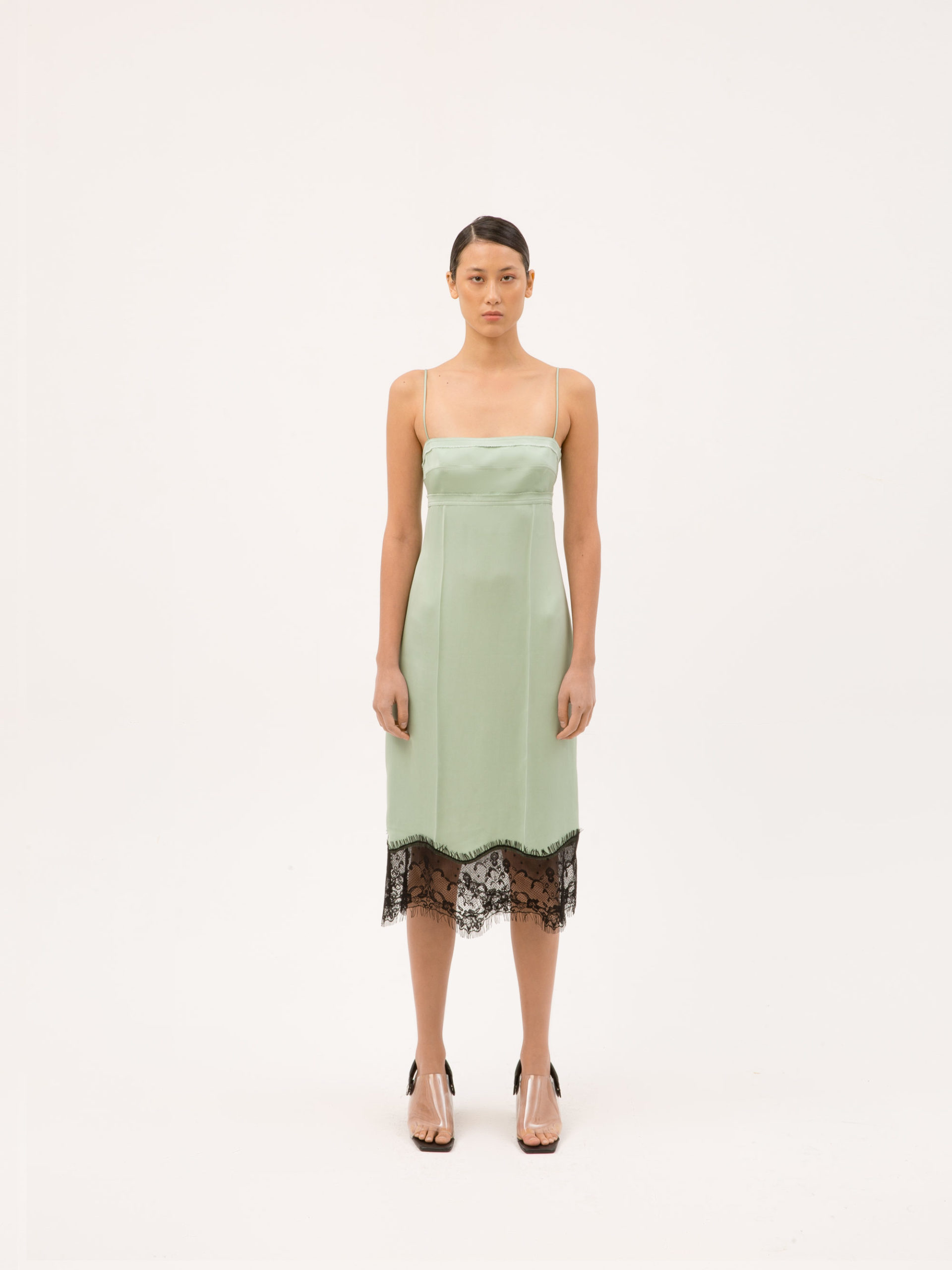Ментоловый образ от Tamuna Ingorokva Ready To Wear весна-лето 2021