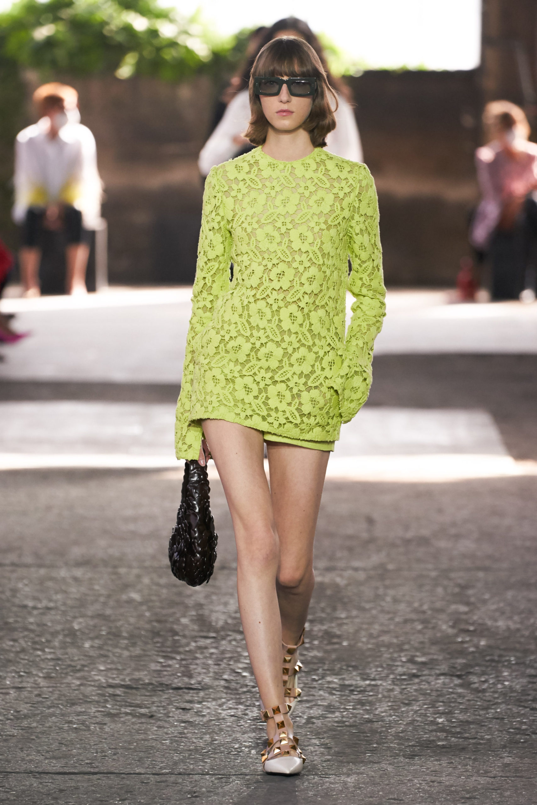 Ментоловый образ от Valentino Ready To Wear весна-лето 2021