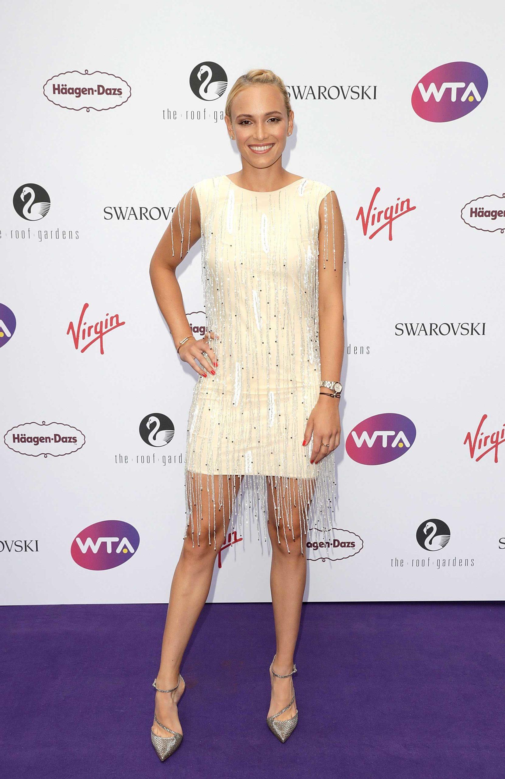 Донна Векич (Donna Vekić) в платье с бахромой