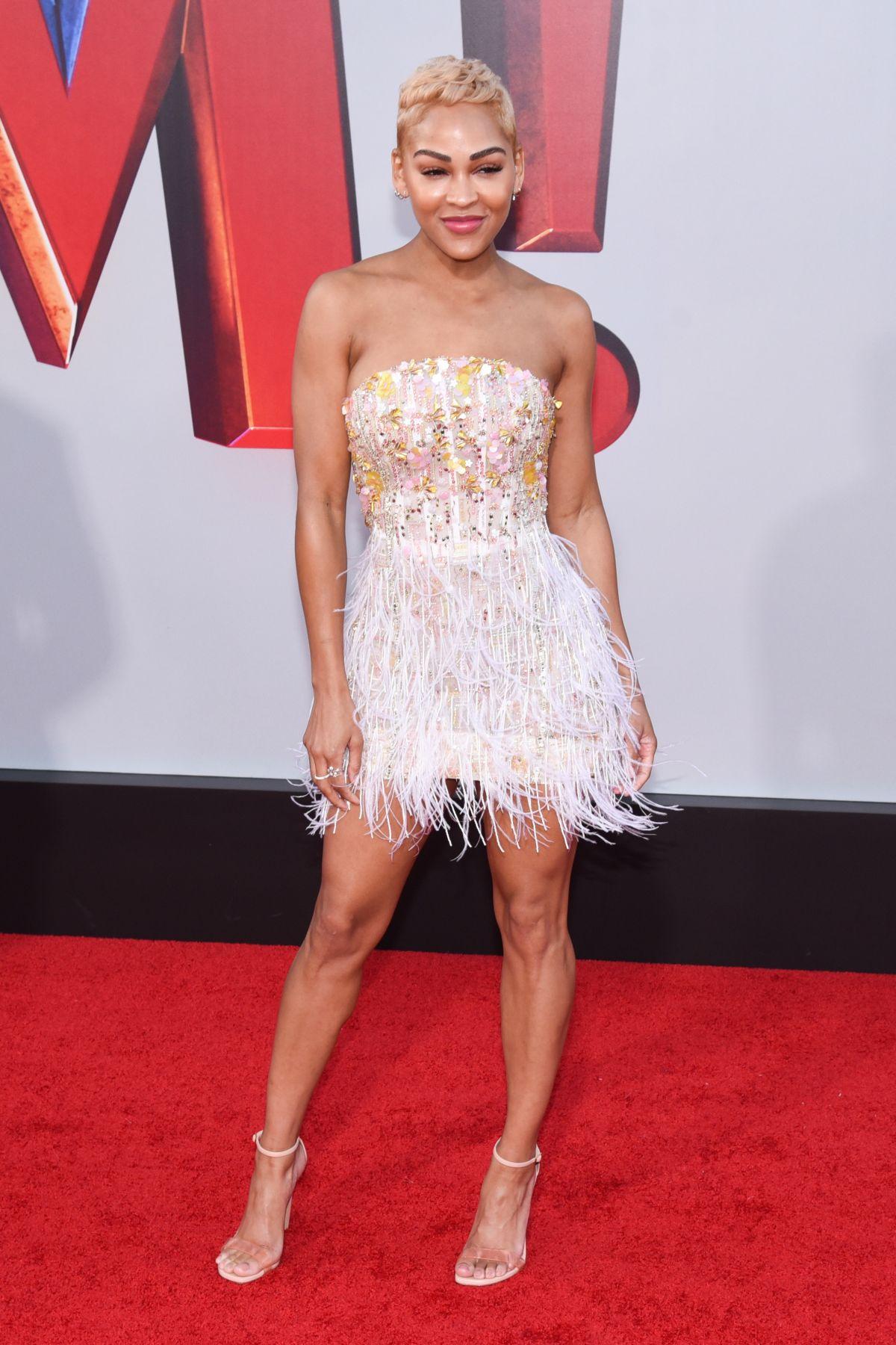 Миган Гуд (Meagan Good) в платье с бахромой