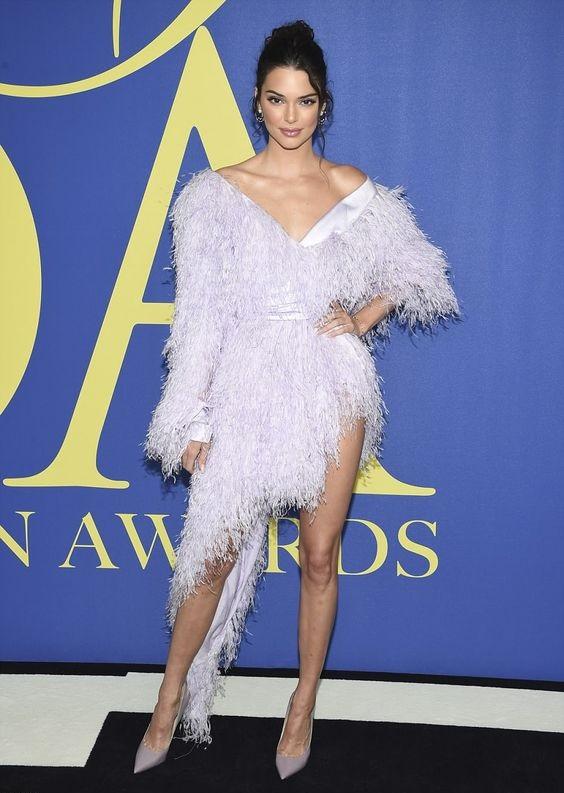 Кендалл Дженнер (Kendall Jenner) в платье с бахромой от Alexandre Vauthier