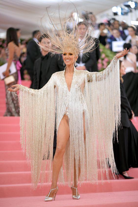 Селин Дион (Céline Dion) в платье с бахромой от Oscar de la Renta