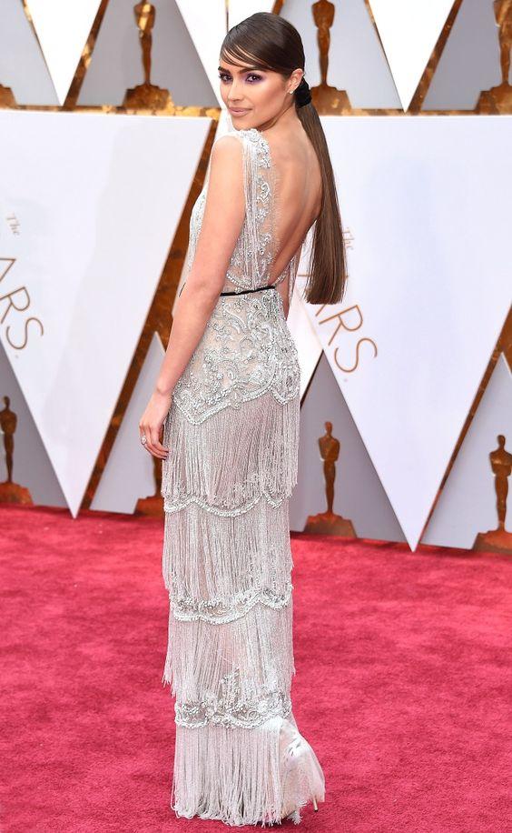 Оливия Калпо (Olivia Culpo) в платье с бахромой от Marchesa