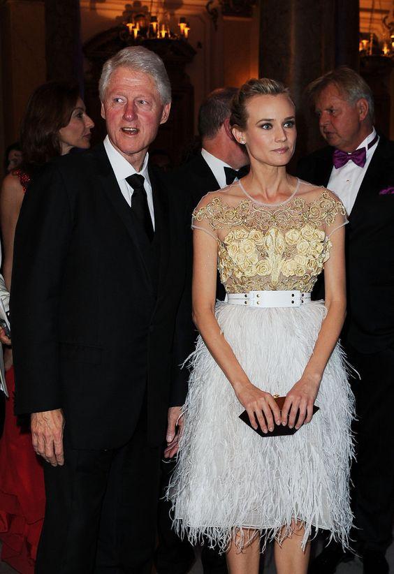 Дайан Крюгер (Diane Kruger) в платье с бахромой от Prabal Gurung