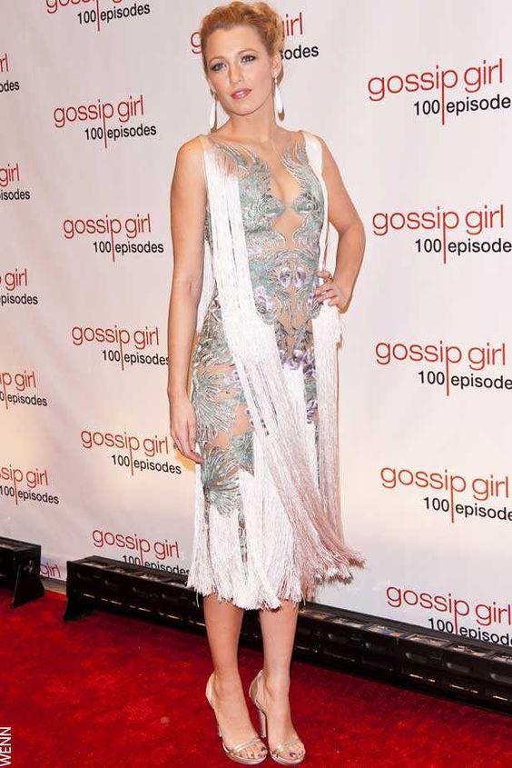 Блейк Лайвли (Blake Lively) в платье с бахромой