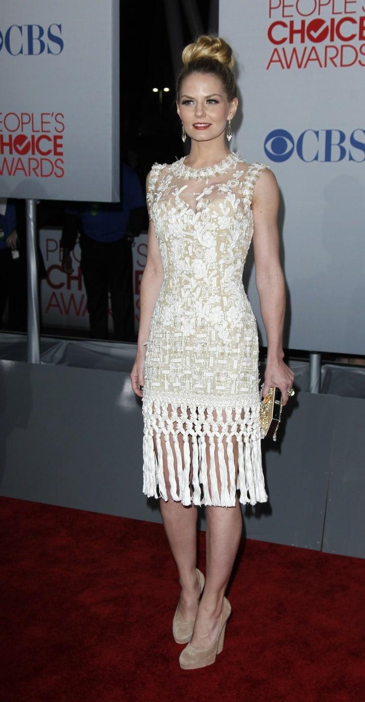 Дженнифер Моррисон (Jennifer Morrison) в платье с бахромой