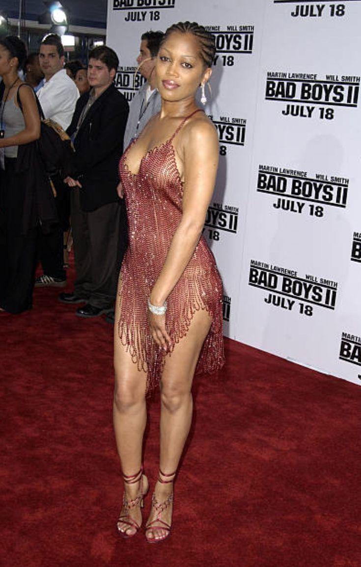 Тереза Рэндл (Theresa Randle) в платье с бахромой