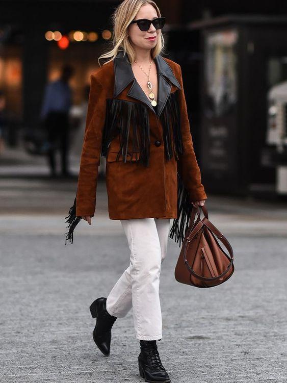 Кэти Холмс (Katie Holmes) в куртке с бахромой