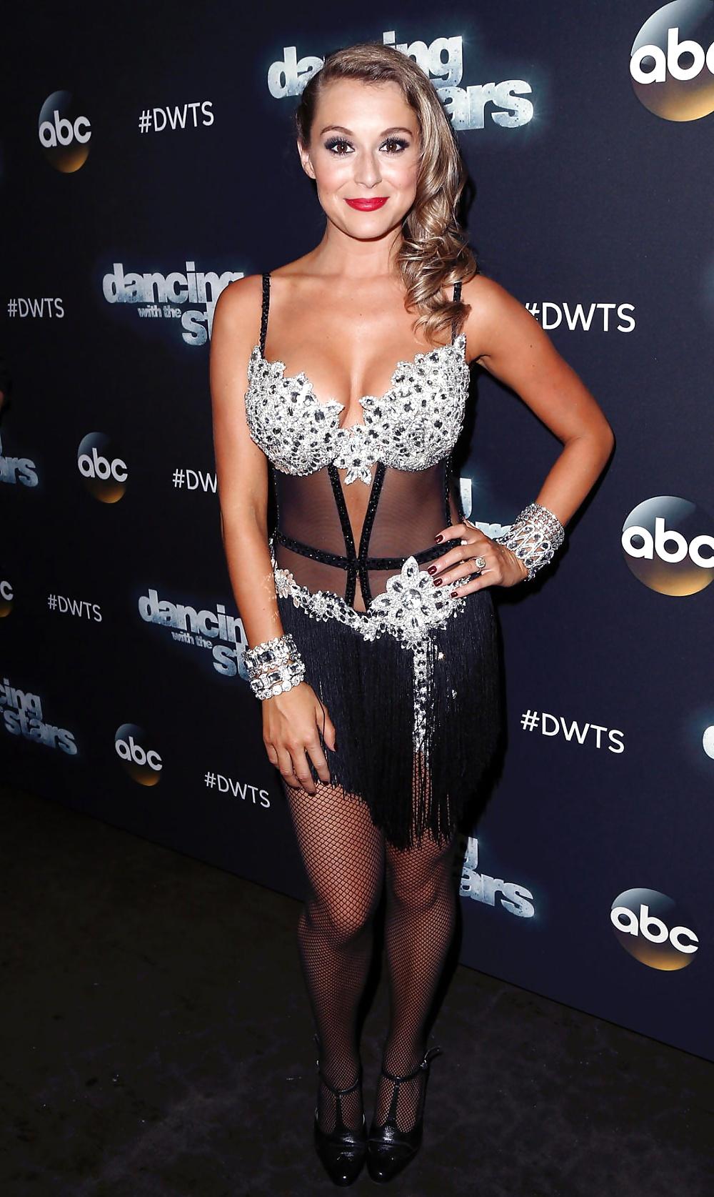 Алекса Эллес Вега (Alexa Elles Vega) в платье с бахромой