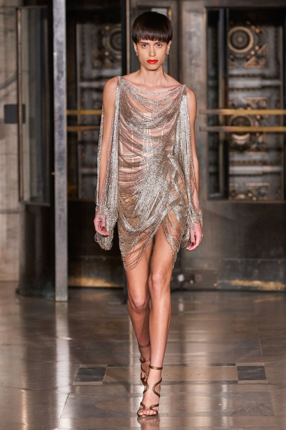 Эффектное платье для вечеринки в стиле Гэтсби от Oscar de la Renta