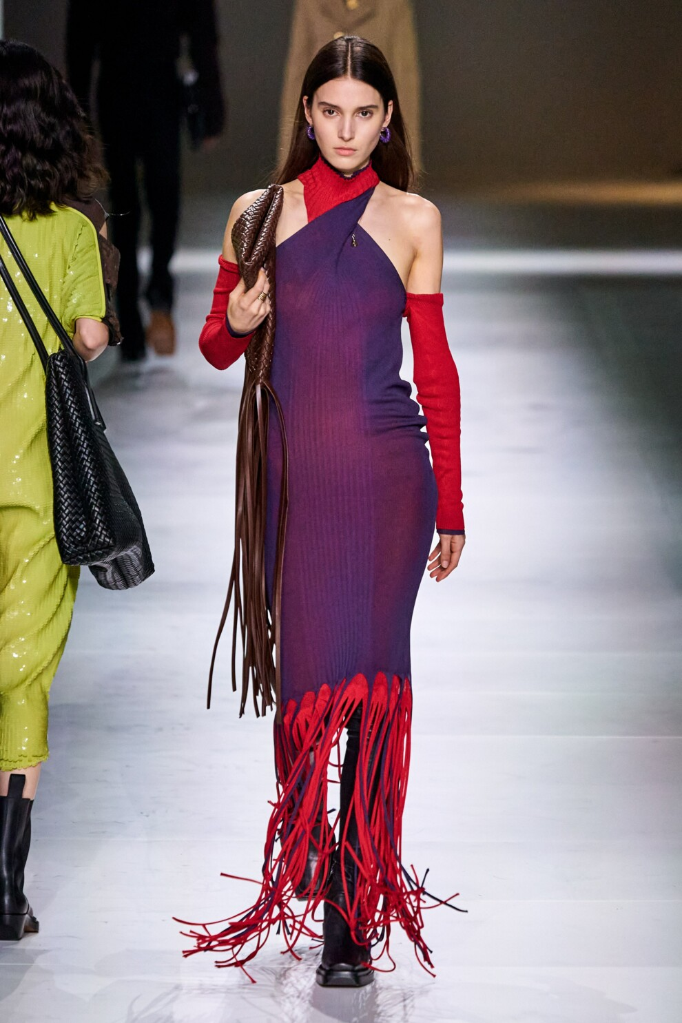 Платье с бахромой от Bottega Veneta
