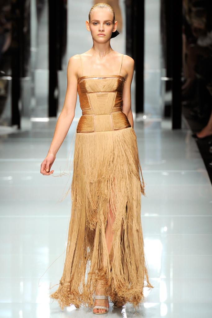 Платье с бахромой от Versace 2011
