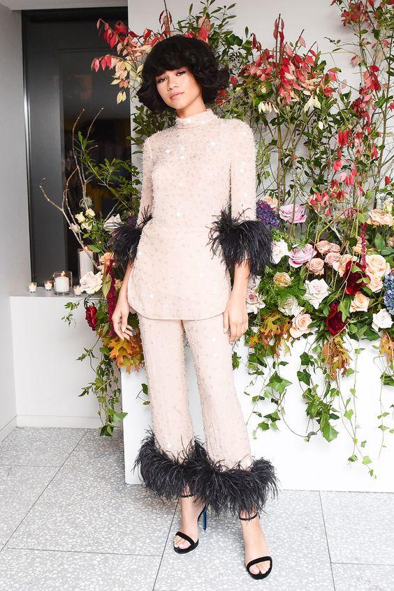 Zendaya (Зендая) в костюме с бахромой от Prada
